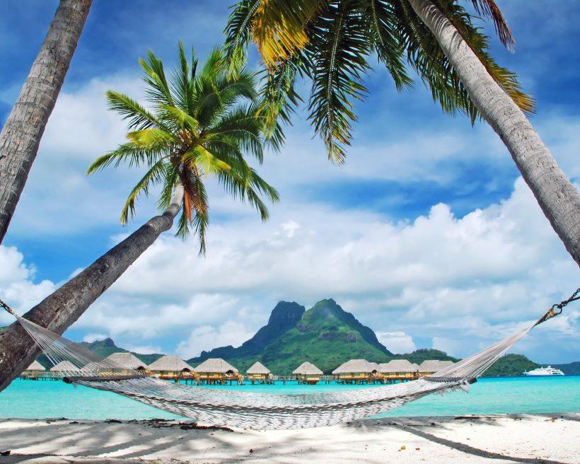 10 romanttista lomakohdetta matkaileville pareille