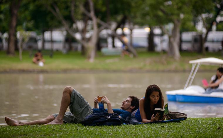 Nauti hiljaisuudesta: vehreät ja rauhalliset alueet Bangkokissa