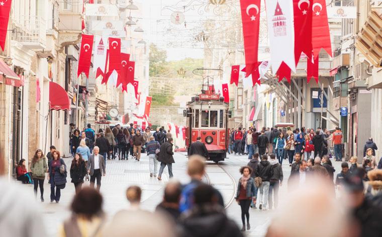 Kahden maanosan kaupunki: mitä tehdä Istanbulissa