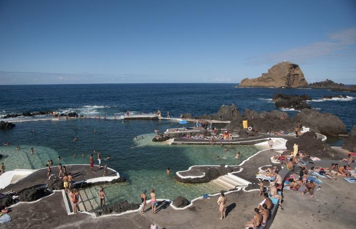 Madeiran nähtävyydet ovat monet - rantaelämä on Madeiralla vahvasti läsnä