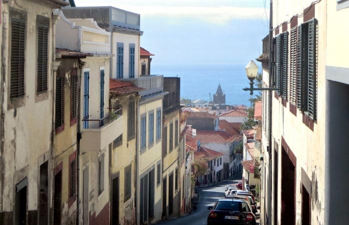 Madeiran loma ei olisi mitään ilman visiittiä Funchalissa