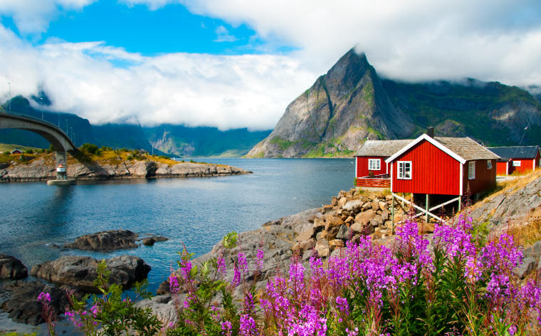 Autolla Lofooteille – Koe unohtumaton automatka Norjaan