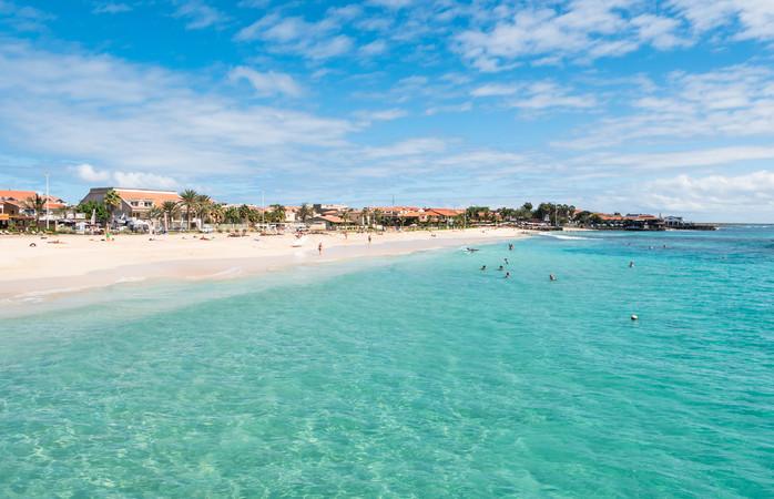 Santa Marian hiekkaranta Suomalaisten suosimassa matkakohteessa Kap Verdellä