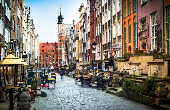 Mariacka-katu Gdanskissa, yhdessä suomalaisten suosimista matkailukohteista