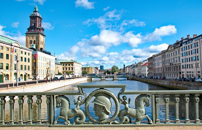 Kanaalit yhdistävät Göteborgin kaupungin satamaan