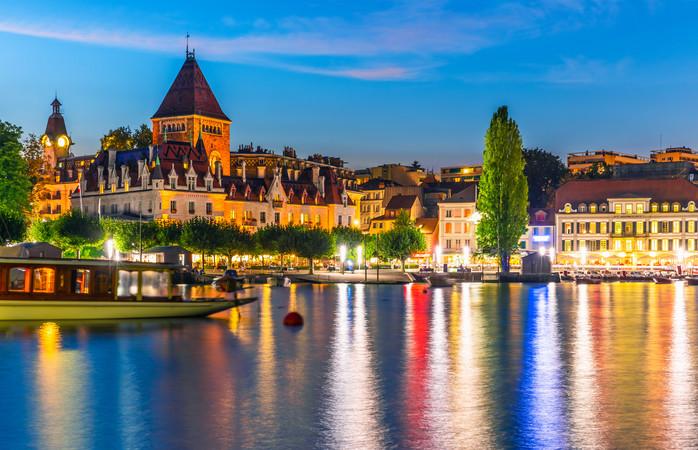 Lausanne sijaitsee Genevenjärven rannalla