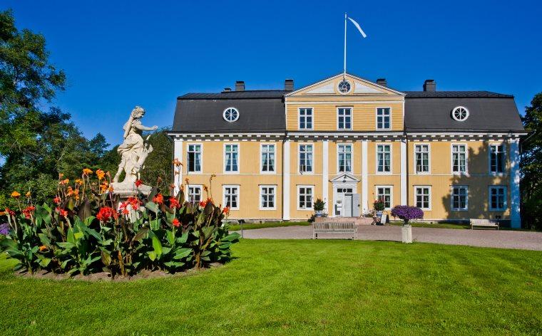 Suomen lumoavat kartanohotellit – näin yövyt kuin aatelinen