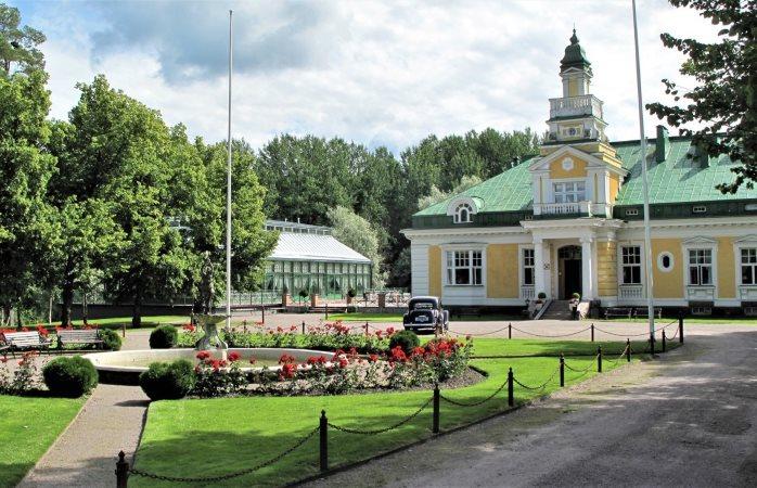 Hirvihaaran ihastuttava kartanohotelli sijaitsee Mäntsälässä